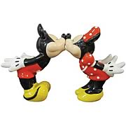 Mickey and Minnie Mouse Kissing Salt and Pepper Shaker Set
