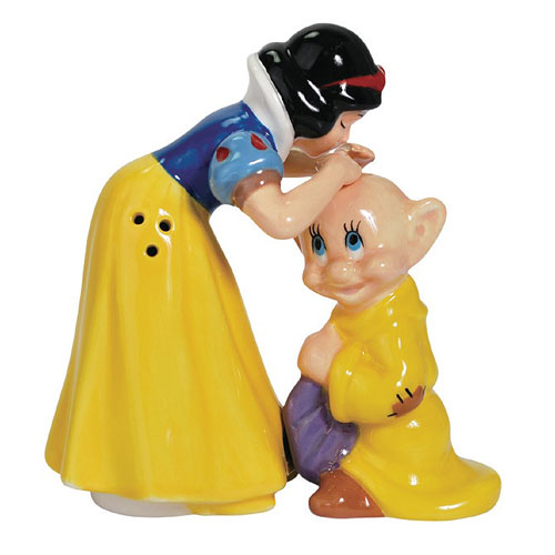 Snow White Kissing Dopey Salt and Pepper Shakers
