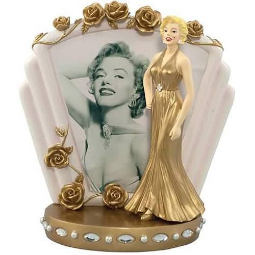 Marilyn Monroe Gold Dress Statue with Photo Backdrop