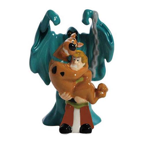 Scooby-Doo A Good Scare Salt and Pepper Shakers
