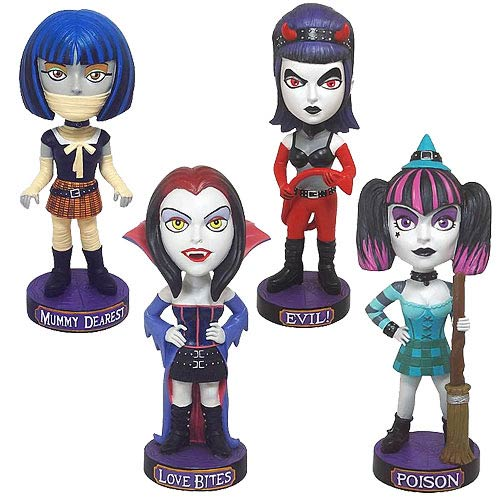 Brighten Up Halloween with This Amazing Bobble Head Set