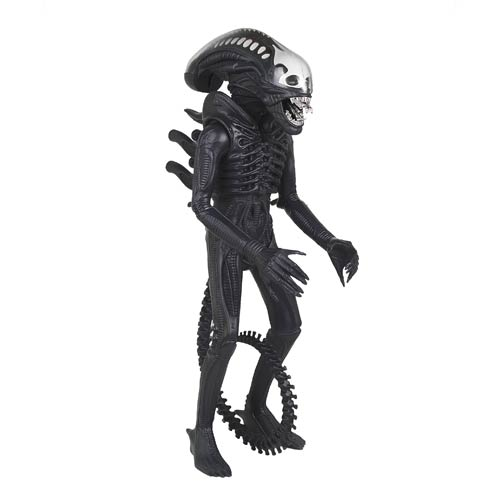 Jumbo Vintage Kenner Alien Figure Is Terrifyingly Huge!