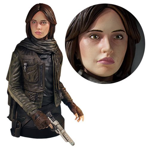 Rogue One Heroine Steals Hearts and Plans!