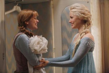 Frozen's Anna and Elsa in Once Upon a Time