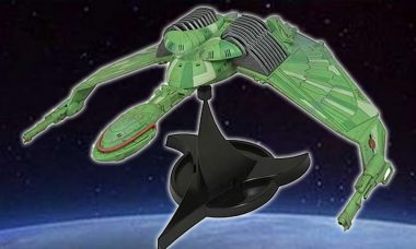 Star Trek Klingon Bird of Prey HMS Bounty Vehicle
