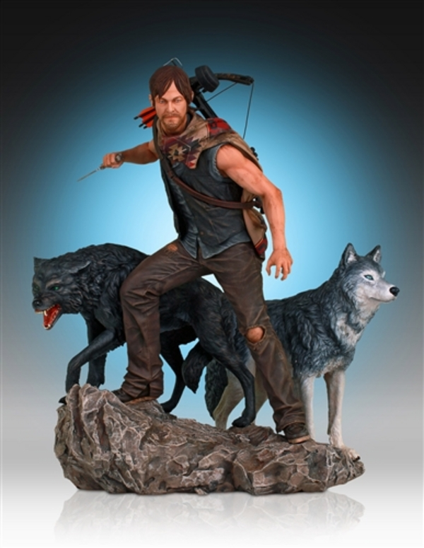 Daryl-Dixon-and-Wolves-Statue-by-Gentle-Giant-6