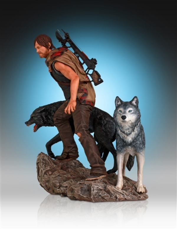 Daryl-Dixon-and-Wolves-Statue-by-Gentle-Giant-7