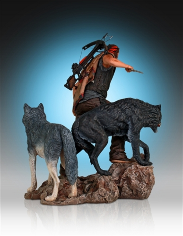 Daryl-Dixon-and-Wolves-Statue-by-Gentle-Giant-8