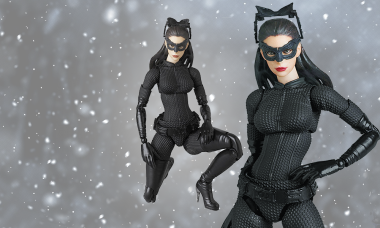 Miracle Catwoman Mafex Action Figure
