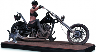 Gotham City Garage Catwoman Statue Rides to Your Collection