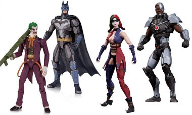 Battle in Real Life with Injustice: Gods Among Us Figures