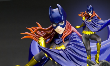 Batgirl Is Here to Save the Day and Look Stunning, Too