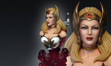 Most Powerful Woman in the Universe Comes to Life in 1:4 Scale