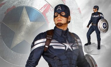 1:4 Scale Statue Is a Star Spangled Man with a Plan