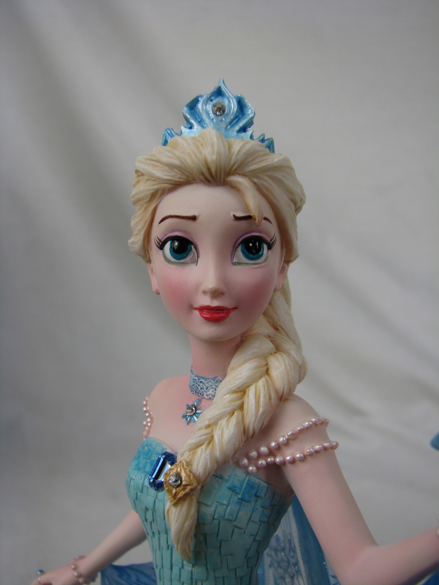 Queen Elsa And Princess Anna Are Truly A Force To Be