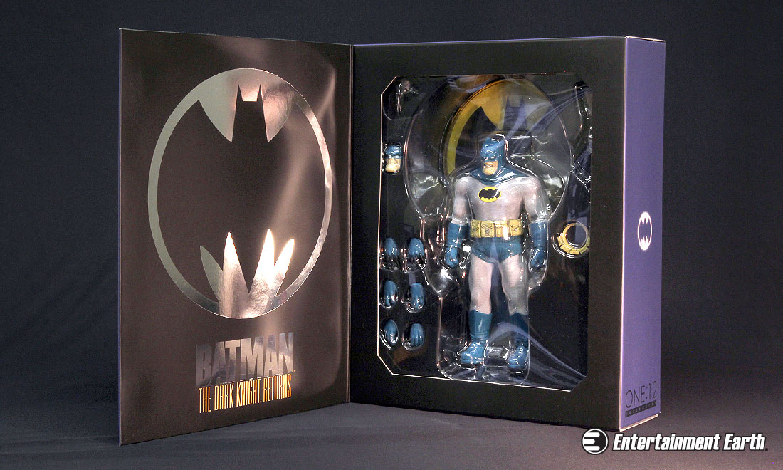 mezco-batman-dark-knight-one12-action-figure-04