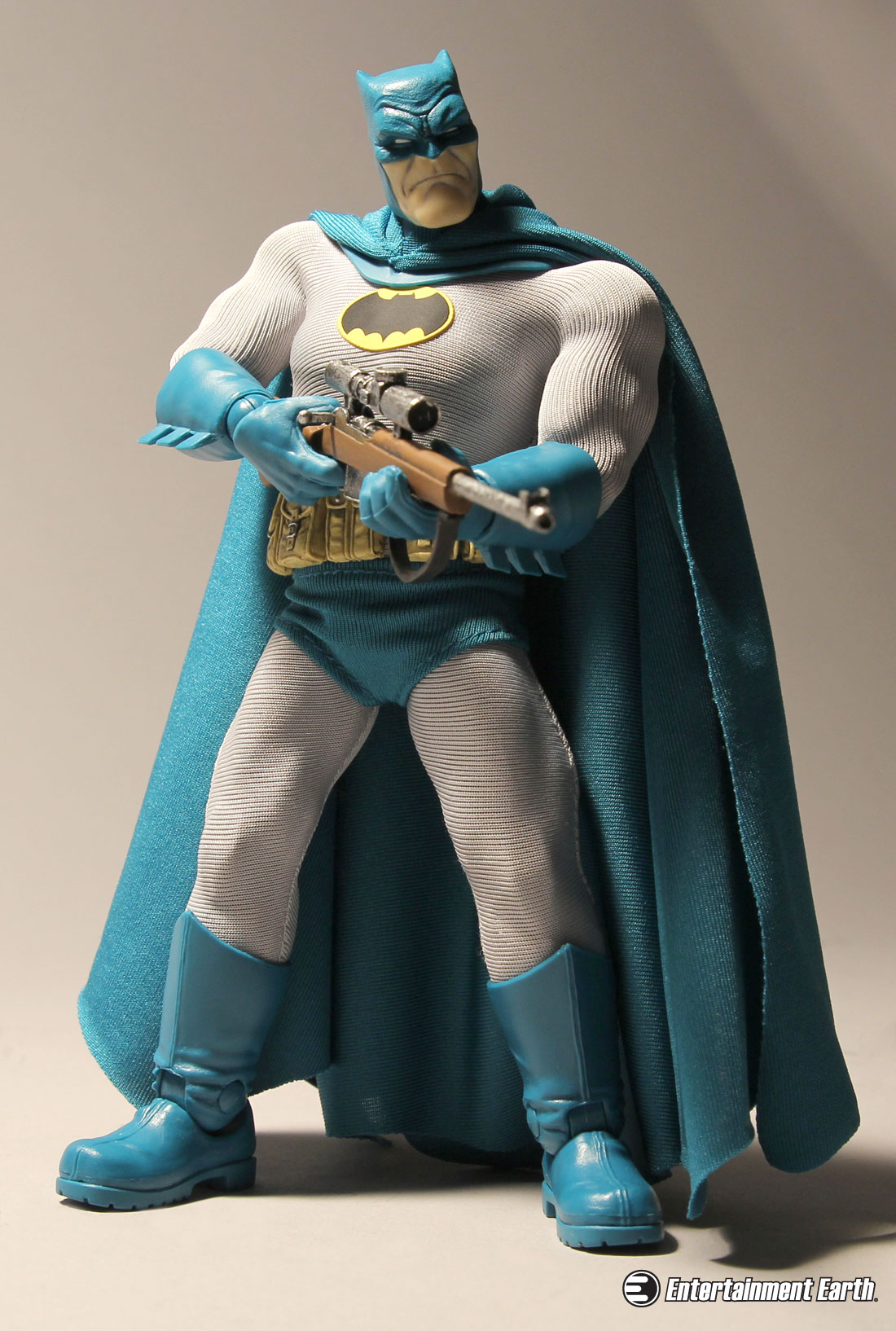 mezco-batman-dark-knight-one12-action-figure-08