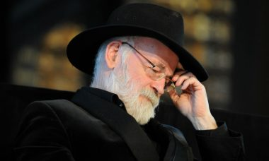 The End: Author Sir Terry Pratchett Dies at 66