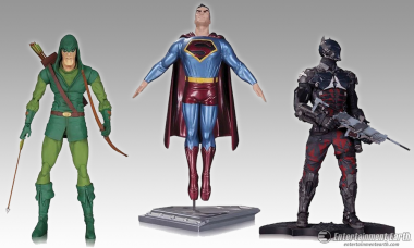 DC Collectibles Unveils the Dark Knight, Tarot Cards, and More