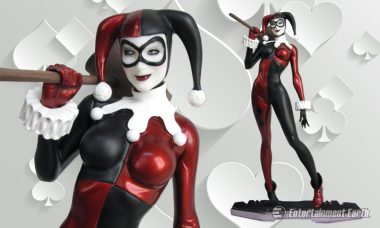 The Harlequin of Gotham Joins DC Comics Icons Statue Series
