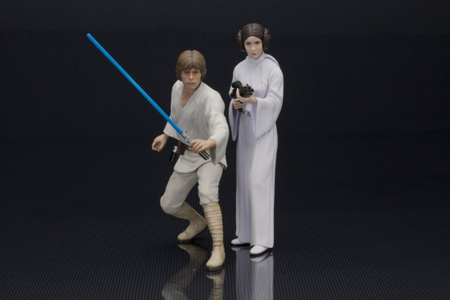 Luke and Leia ArtFX+ Statues