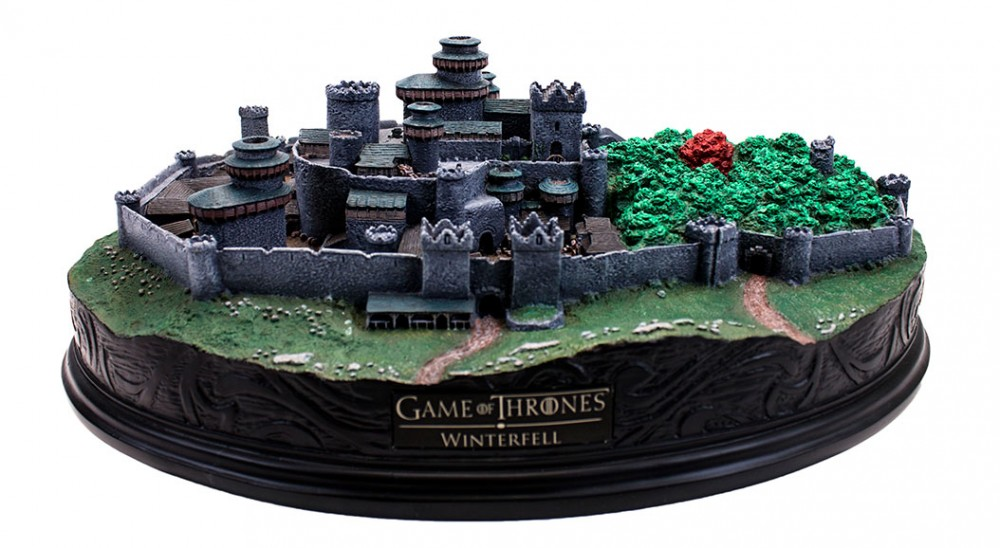 Will You Rule The North With This New Winterfell Statue