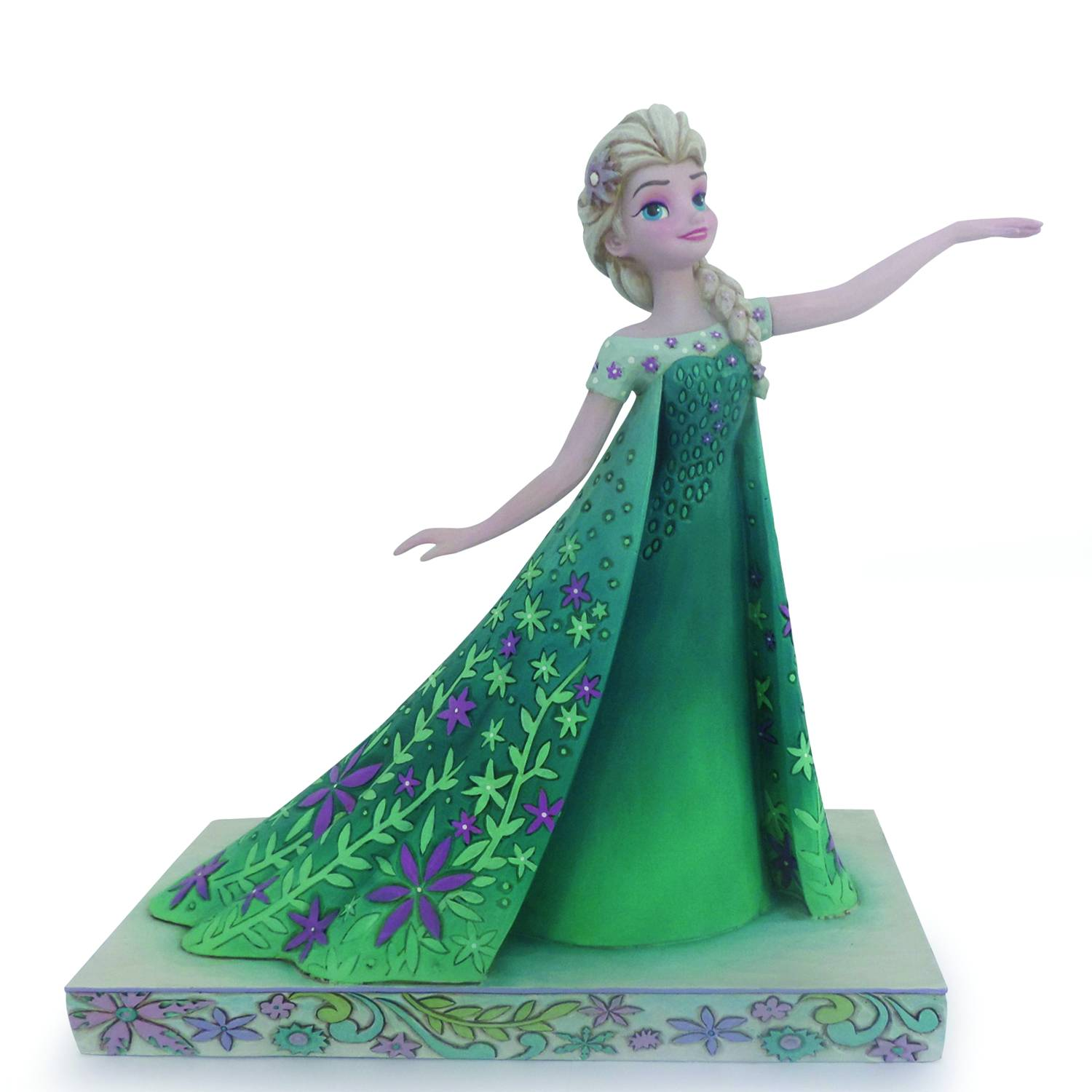 Today S A Blast In Arendelle With New Frozen Fever Statues