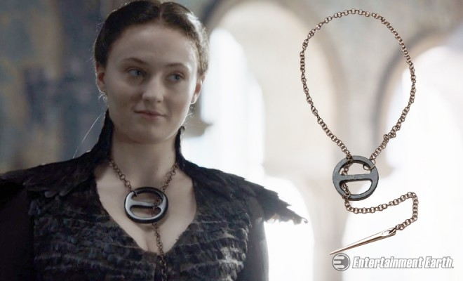 Become The Lady Of The Eyrie With Gorgeous Game Of Thrones Necklace Replica