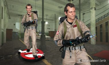 Go Ahead and Cross the Streams with the Ghostbusters Peter Venkman 1:4 Scale Statue