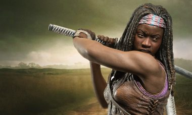 Michonne Is Ready for Battle as New Walking Dead Deluxe Figure
