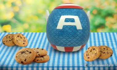 Enjoy Some Patriotic Treats with the Captain America Cookie Jar