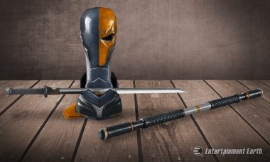 Arm Yourself like Slade Wilson with the Deathstroke Arsenal Prop Replica