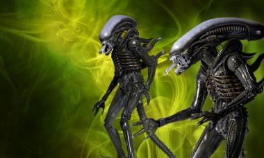 Classic Big Chap Xenomorph Joins NECA's Quarter Scale Figure Line