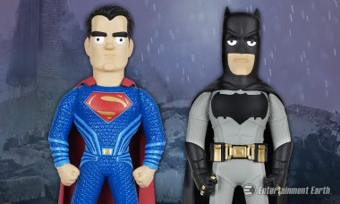 Batman and Superman Face Off in Dawn of Justice Vinyl Idolz Line