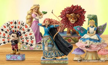 10 Magical Disney Traditions Statues Are Warm and Real and Bright