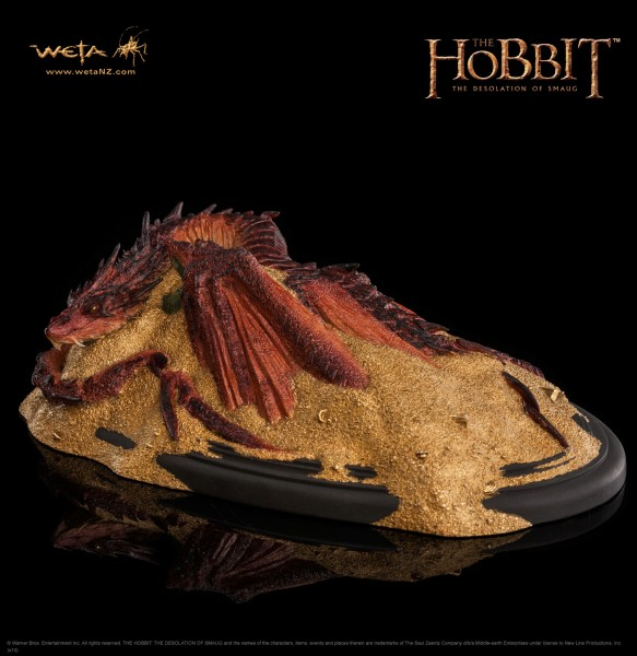 The Hobbit The Desolation of Smaug Smaug King Under the Mountain Statue
