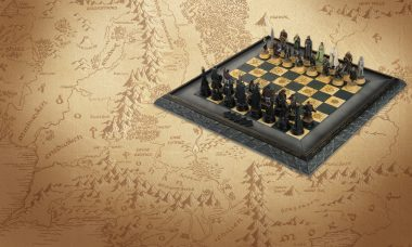 Bring the War of the Ring Home with the Lord of the Rings Chess Set