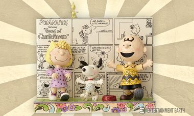 Folk Artist Spreads Happiness with New Peanuts Statue