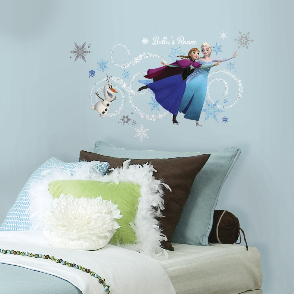 If your home is your castle then these princesses are for Barbie princess giant wall mural