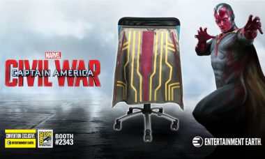 Vision Chair Cape™ Flies into San Diego Comic-Con 2016 as a Convention Exclusive!