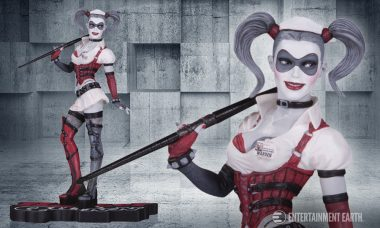 Arkham Asylum's Most Notorious Psychiatrist Is Back in This Red, Black, and White Statue