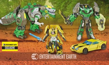 Exclusive Bumblebee and Grimlock Figures are Heading to a Phone Near You