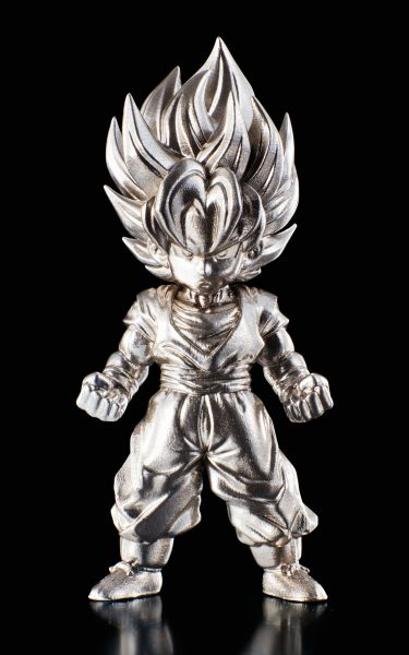 Dragon Ball Z Super Saiyan Son Goku Absolute Chogokin Die-Cast Metal Mini-Figure