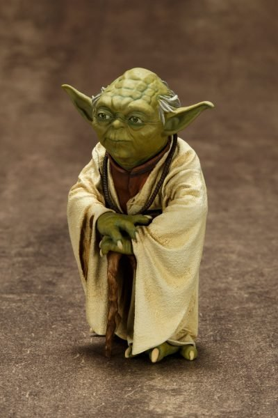 Star Wars Yoda and R2-D2 Dagobah ArtFX+ Statue 3-Pack