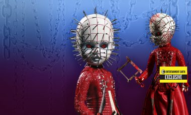 Entertainment Earth Exclusive Pinhead Mezco Toyz Living Dead Doll