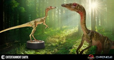 Enter the Lost World with This Compsognathus 1:1 Scale Statue