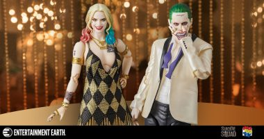 Joker and Harley Are Dressed to Kill as MAF EX Action Figures