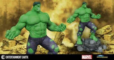 Hulk Smash but Not before Striking a Statuesque Pose