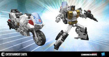Get in the Deluxe Groove with the Latest Addition to Transformers Combiner Wars