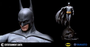 Rarely Has Batman Been Quite as Brooding as This Luis Royo Statue